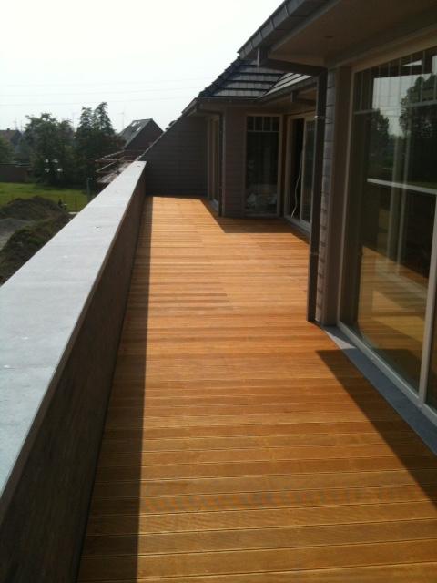 Houten terras in bilinga houten terrassen realisaties - Houten terras en tegels ...